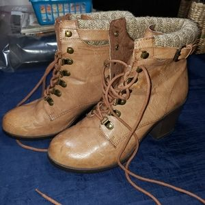 """Mia Lace Up Ankle Boots Sz 9M Ruby w/3"""" Heel EUC"""